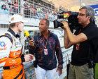 RTL-Moderator Kai Ebel im Germens Hemd Lava im Interview mit Formel 1 Rennfahrer Nico Hülkenberg, Foto Russel Batchelor, 2014