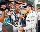 RTL-Moderator Kai Ebel im Germens Hemd Rosarium im Interview mit Formel 1 Weltmeister Nico Rosberg, Foto Russel Batchelor, 2016