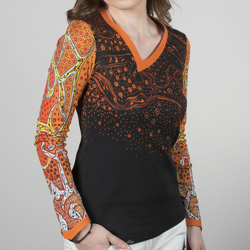 TRAUMZEIT - Women's colorful long sleeve Tshirt