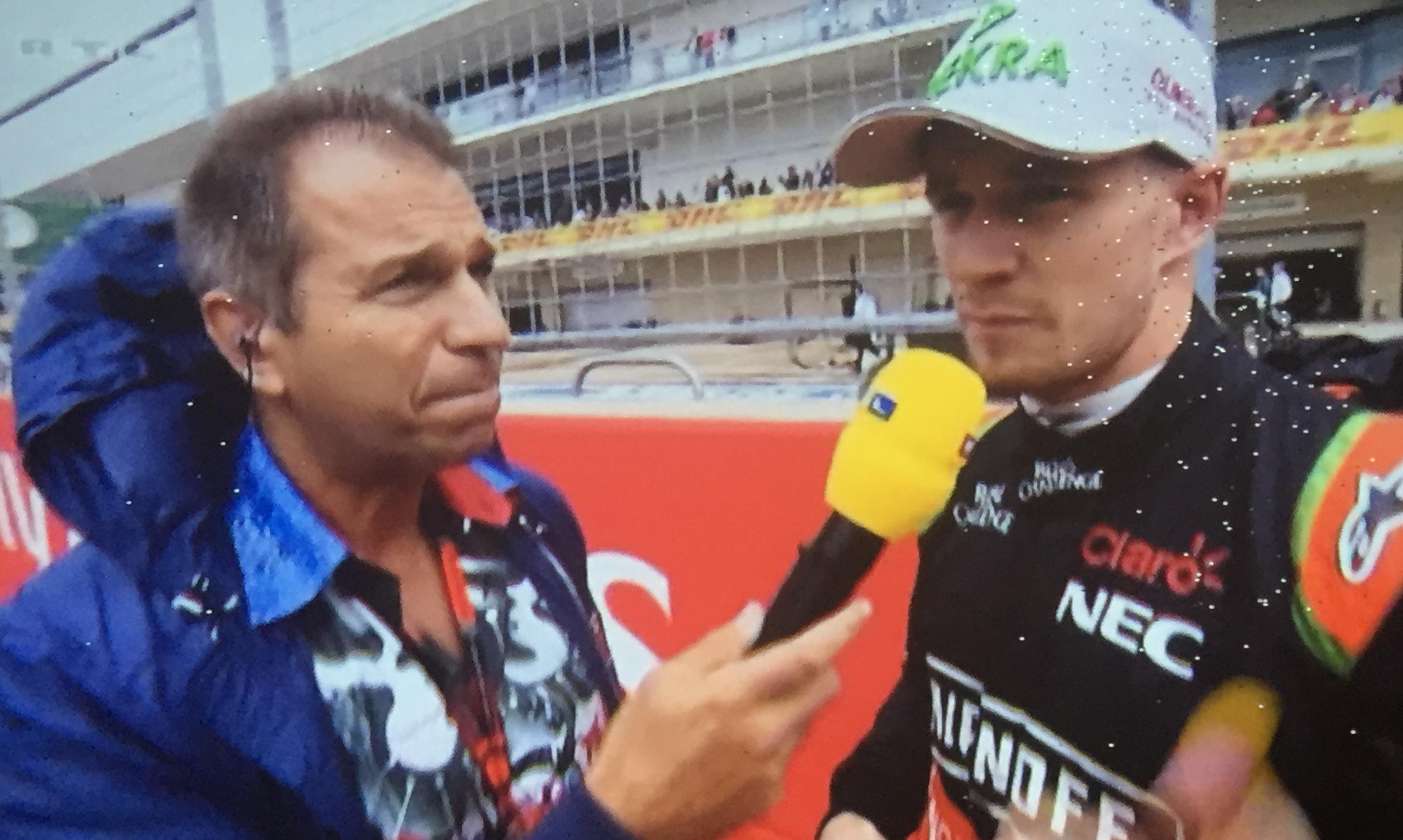 Kai Ebel im Interview mit Nico Hülkenberg während der Formel 1 in Austin, USA, 2015.